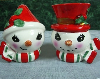 Vintage Lefton Snowman Salt and Pepper Shaker Set - Lefton Snowman Shakers - Vintage Snowman Shakers - Christmas Kitchen - Christmas Shakers