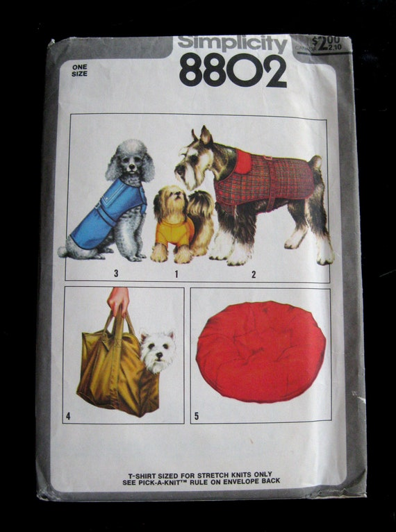 1978 Dog Accessory Pattern Simplicity 8802 UNCUT FF Coat, T-Shirt, Carrier, Bed