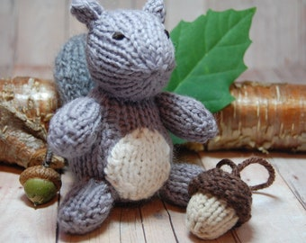Gray Squirrel with Acorn Knit Waldorf Stuffed Woodland Animal Toy for Children Nursery Decor Grey White Natural Fibers Fall Autumn