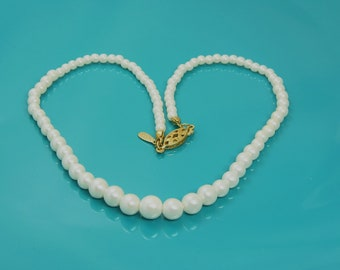Vintage Napier Strand Of Graduating Size Faux Pearls