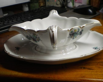 Nymphenburg Sauce Boat with Underplate Very Rare