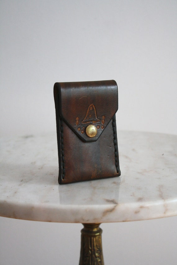 Coin Purse - Leather Embossed Mini - 1970s VINTAGE - FREE SHIPPING