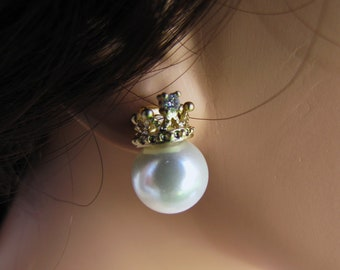 Gold tone Princess Crown with CZ stones and South sea shell pearl earrings - BE 650B