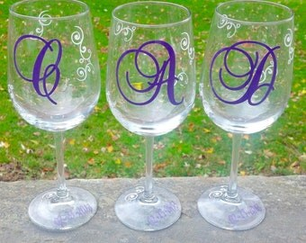 Monogrammed bridesmaids wine glasses, Bridesmaid gift, maid of honor gift, plum and white.  1 glass, you pick colors