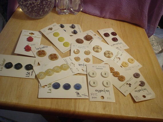 Destash 15 Card Assortment of Vintage Buttons