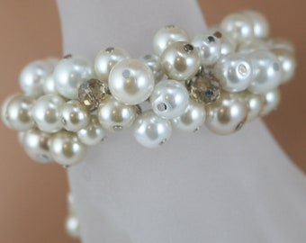 Chunky champagne white and ivory bracelet and champagne crystals -  Bridesmaids jewelry, wedding bracelet