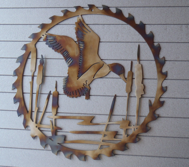 Circular Wall Decor duck circular sawblade metal art wall decor decoration