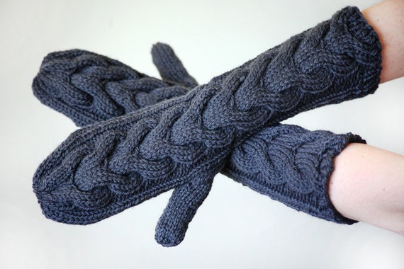 Bella Gloves Knitting Pattern : Twilight Bella Mittens Hand Knit Grey Womens Gift