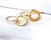 Small Circles Simple Gold Earrings / Tiny Hammered Circles Minimalist Everyday Basic Earrings