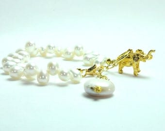 Lucky Elephant Pearl Bracelet, Bridal Jewelry, Pearl Bracelet, Elephant Charm Pearl Bracelet, Elephant Charm Bracelet