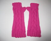 Child-sized Cable Fingerless Gloves