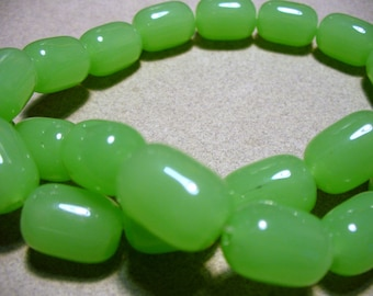 Chalcedony Beads Barrel 17x12mm