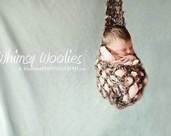 Newborn CROCHET PATTERN: 'Stork Sac', Newborn Photography, Baby Pouch, Stork Pouch Sling, Photo Prop