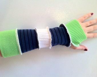 Pattern DIY TUTORIAL  Seahawks or Sounders  upcycled arm warmers