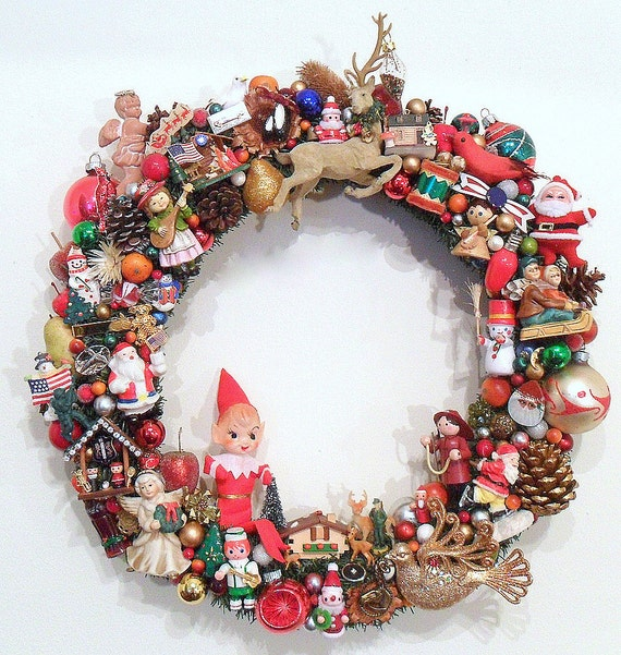 Christmas Wreath With Vintage Ornaments Kitsch Americana