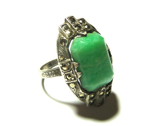 Art Deco Rare Marcasite/ Green Chalcedony Gemstone Cocktail 'Pinkie' Ring
