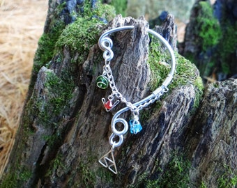 The L.O.Z.® Wise Ear Bend with Hanging Spiritual Stones and Triforce in Silver