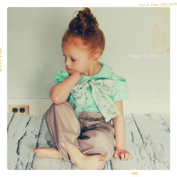 Mint blouse with peter pan collar and bow for girl