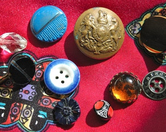 Mixed lot of Victorian Buttons