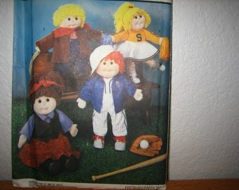 """Simplicity Pattern 7068 Wardrobe For 18"""" Dolls Such As Precious Pals and 16"""" Dolls Cabbage Patch Kids -- One Size 1985 Uncut"""