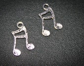 HALF OFF 6 Music Note Tremble Cleft Charms Etched  Antique Silver - Style Altered Art  finding-