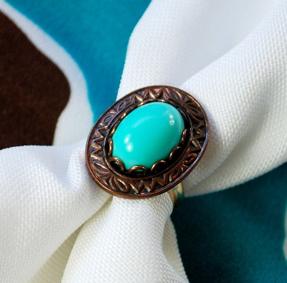 Vintage Cocktail Ring, Southwestern, Turquoise Blue, Lucite Cabochon, Copper, 12K Gold Filled Band, 1970s Boho Chic, Costume Jewelry