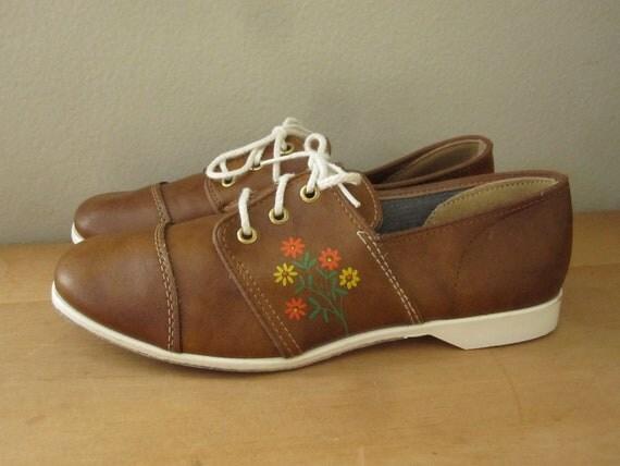 Brunswick Daisy Bowling Shoes Womens Size 7