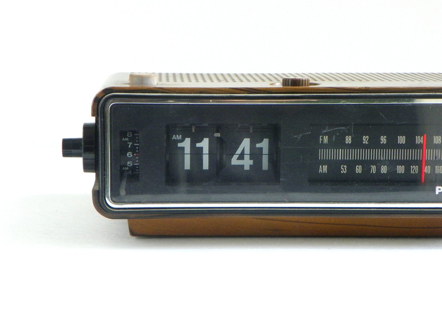 Panasonic Flip Clock With Radio Alarm