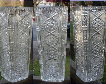 Gorgeous Pressed and Cut Crystal Glass Vase