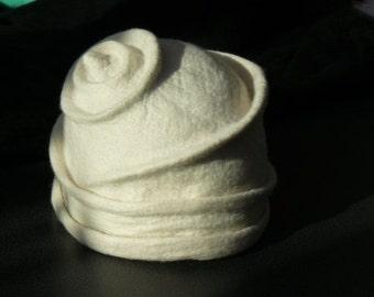 Felt Hat Handmade Merino wool - raw white