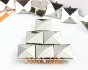 300Pcs 15mm Silver Pyramid Studs Metal Studs (SP15)