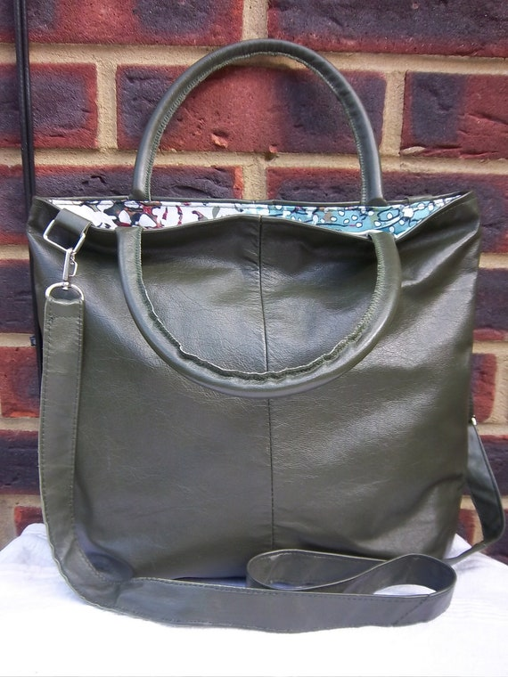 Recycled leather bag - NOW IN SALE Beautiful dark olive green leather tote/shopper.