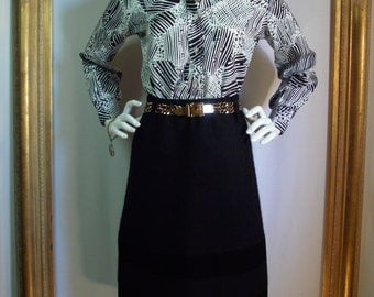 CLEARANCE Vintage 1970's Limited Edition by Ship 'n Shore Black & White Print Blouse - Size 12