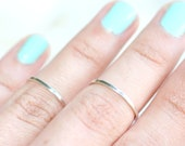 2 Smooth Silver Knuckle Rings Size 4-4