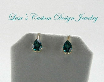 Pear Shaped Green Topaz Ear studs in 14kt solid gold settings
