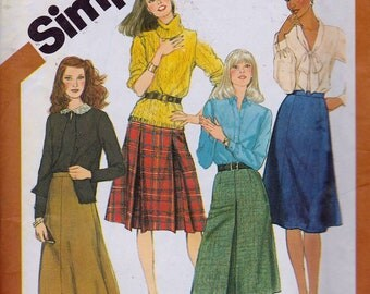 Simplicity 5204 Misses' Set of Skirts Pattern, UNCUT, Size 12, Waist 26 1/2""
