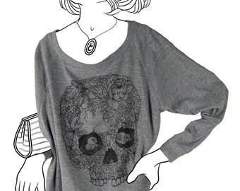 Skull,  American Apparel Pullover Long Sleeve Shirt (Women, Heather Grey)