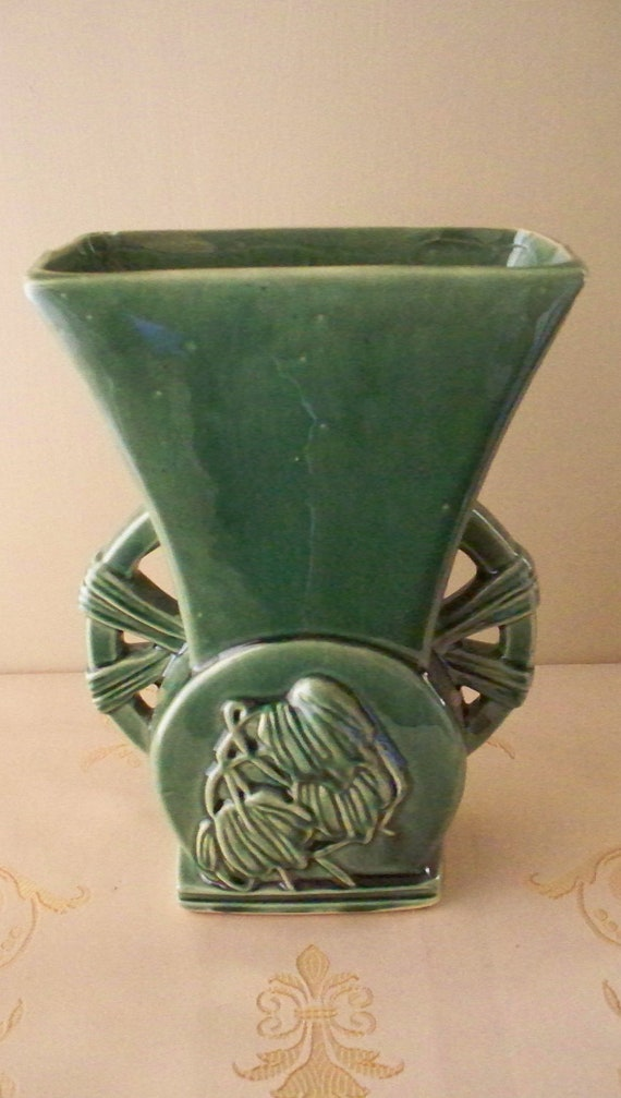 Mccoy Pottery Mid Century Vase Forest Green Flared Top Wagon