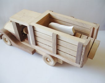 Toy Natural Wood Toys Childrens Wooden Farm Truck WoodWorking, Pretend Play, Waldorf