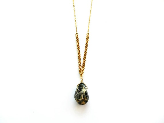 Black Jasper Stone Necklace - Wire Wrapped Agate Geode, Chunky Gold Chain, Smooth Polished Mineral Rock, Fall Winter Fashion