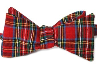 Red Tartan Holiday Mens Bow Tie