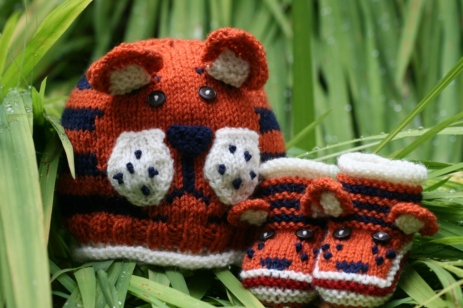 BABY KNITTING PATTERN in pdf Tiger Paws Baby Hat and