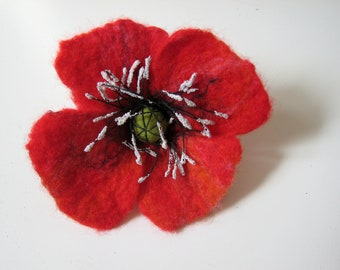 Poppy brooch, felt jewelry, gift for her, red, floral, red pin flower, wool accessories,summer trend, handmade,unique, wearable art, for mom