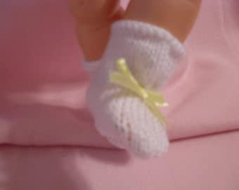 """19-20"""" White Booties with Yellow Bow"""