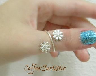 daisy adjustable silver 925 ring.