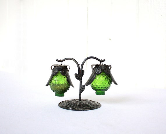 Vintage Owl Salt and Pepper Shakers, Hanging Salt and Pepper, Green and Black, Glass Salt and Pepper Shakers, Retro Salt and Pepper Shakers