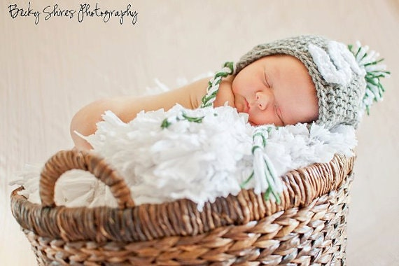 infant crochet hat - MSU - Customize to your college/team