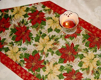 Christmas Table Runner Poinsettia
