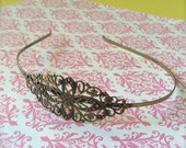 24 - Adjustable Floral Filigree Headband Base Blank - Jewelry Supply - 83mm x 35mm - Antique Brass