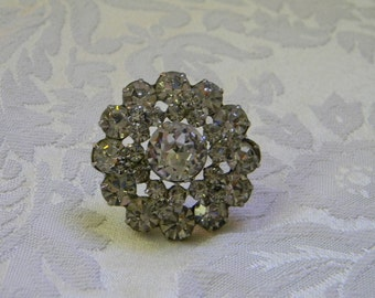 Vintage Round Dimentional Rhinestone Brooch Pin
